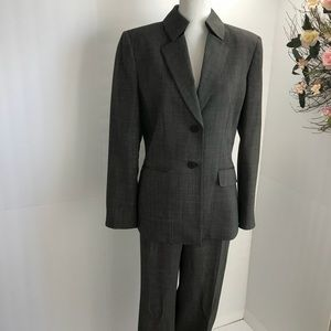 Tahari career pant suit black ivory 14